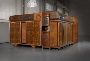 China Purple,  2010, furniture assemblage, h 247  400x504 - Fondazione Pomodoro - Milano