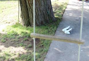 Sislej XHAFA, Parallel Paradox<br /> Performance / installation, 2013<br /> Courtesy GALLERIA CONTINUA, San Gimignano / Beijing / Le Moulin<br /> ph. Kuralai Abdukhalikova