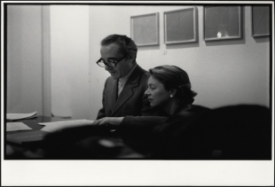 Giuseppe e Giovanna Panza at Leo Castelli Gallery, New York, 1975, photo credit Filippo Formenti, Milano, on show at Ca' Pesaro<br />