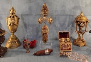 Perfume bottles, XVIII Century, Collection Drom, at Ca' Mocenigo
