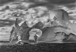 Ice at Antartico, 2005, Salgado/Amazon Images