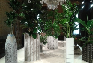 20 planters at Caesarstone  (courtesy picture pr/undercover)