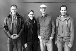 Diego Fano (sax), Carole Hicter (voice), Pascal Mériot (guitar), Yann Pajean (percussion)