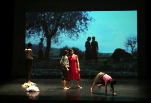 BIENNALE TEATRO 2015:  Helen Cerina - Iperrealismi (Young Italian Brunch)