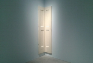 Robert Gober at Haunted House, courtesy picture pr/undercover
