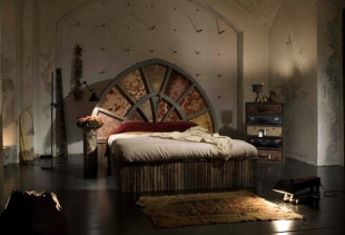 Bed obtained by a castle portal