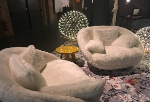 New armchairs at Moooi, Via Savona 54, ph. pr/udercover