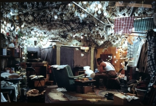 Jeff Wall, After Invisible Man by Ralph Ellison -  ph. pr/undercover