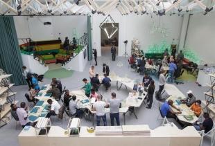 Olafur Eliasson, Green light - An artistic workshop (at Venice Art Biennale)