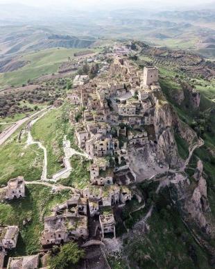 Borgo di Craco (Basilicata)