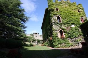 Borgo e Castello di Monfestino (ER)