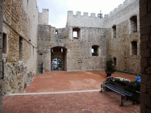 Castello Monforte (CB), Molise