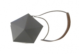 Meteorite Bag (colour light grey Euro 105 to the public), courtesy image serenagaldo